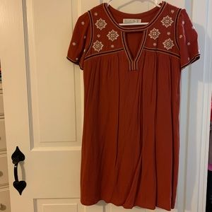 abercrombie embroidered keyhole dress